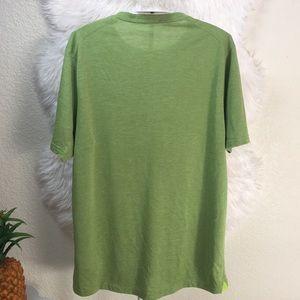 Patagonia Shirts - Patagonia Men's scoop neck shirt size M